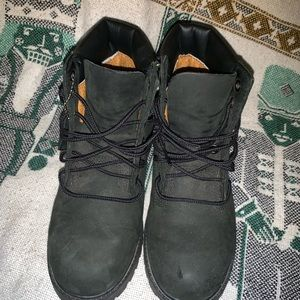 Shoes - Ps timberland boot 2.5 small scuff as listed
